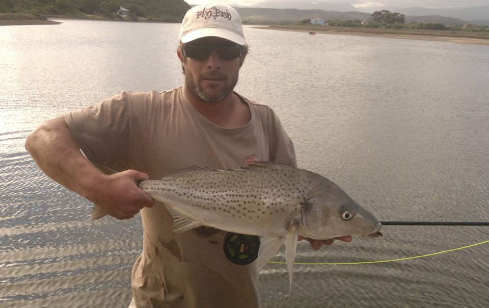 Ian Kitching from www.supfisher.co.za with an awesome Spotted Grunter