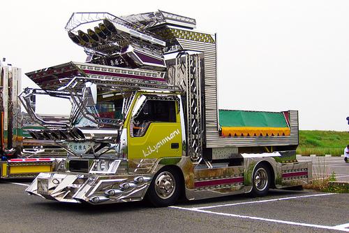dekotora-bus-11