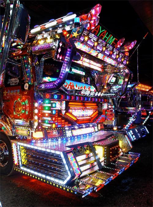 dekotora-truck.jpg