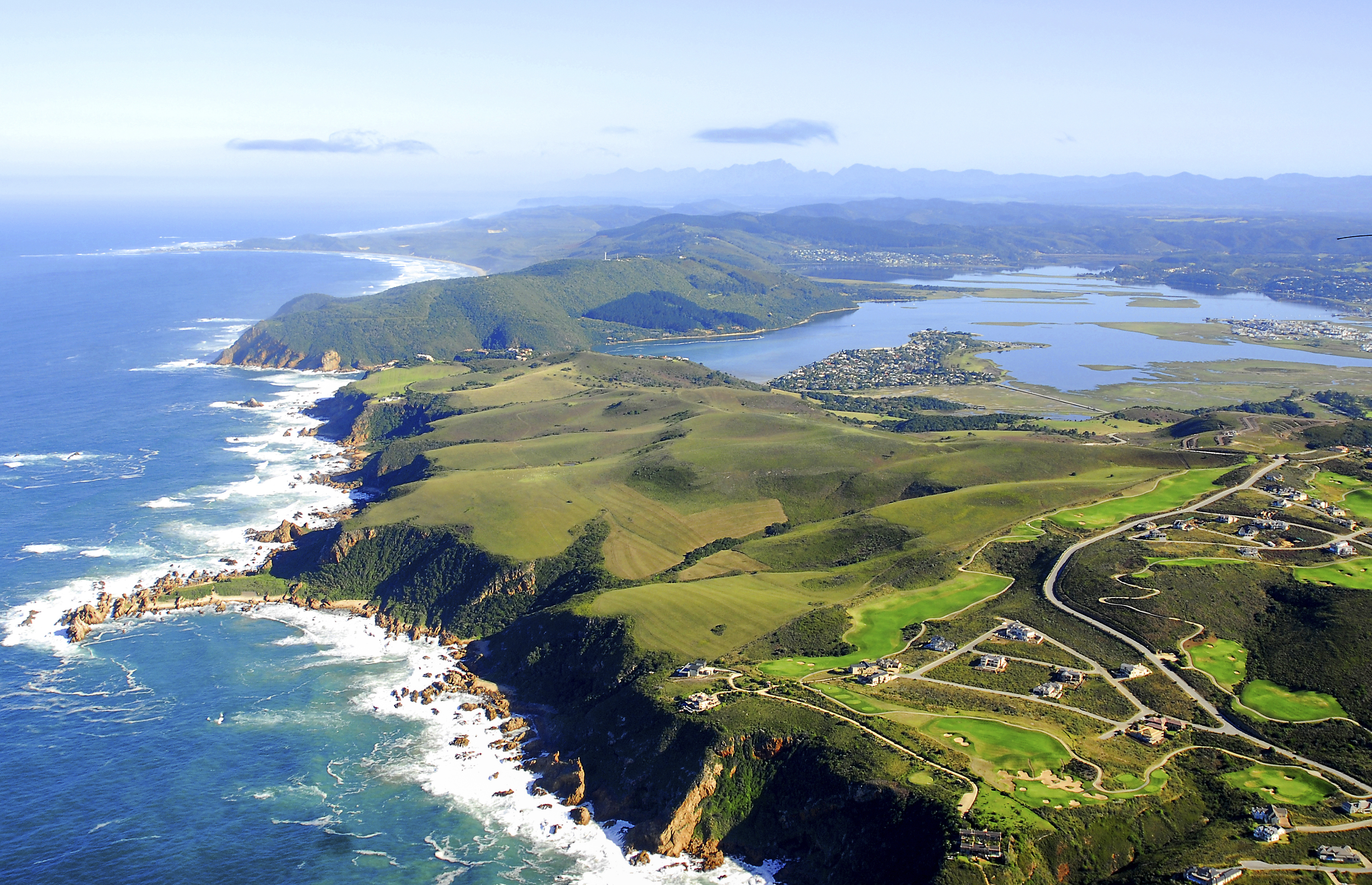Knysna with Pezula in the foreground.